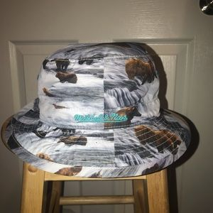 Other - Vancouver Grizzlies Bucket Hat